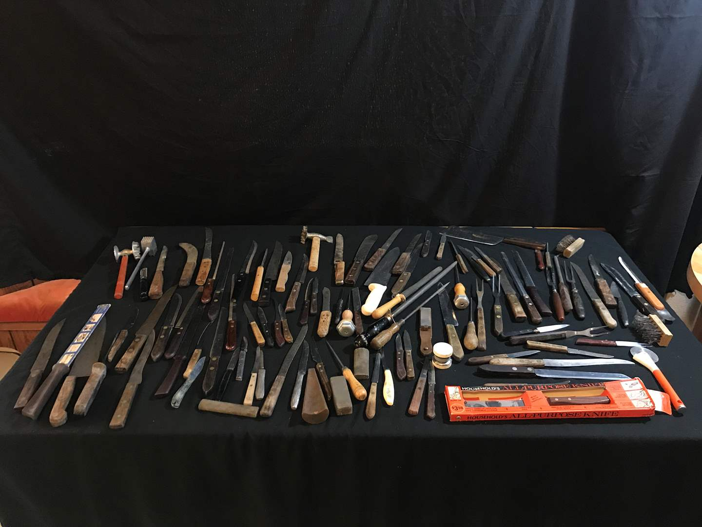 Lot # 92 - Selection of Knives, Knife Sharpeners & More.. (main image)
