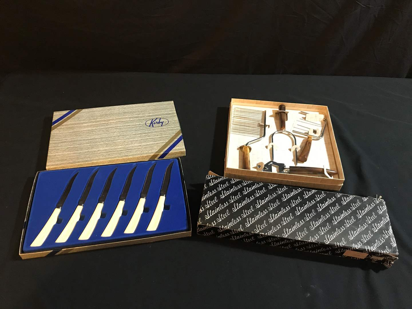 Lot # 96 - Hostess Set, Kirby Knives, Stainless Steel Carving Set (main image)