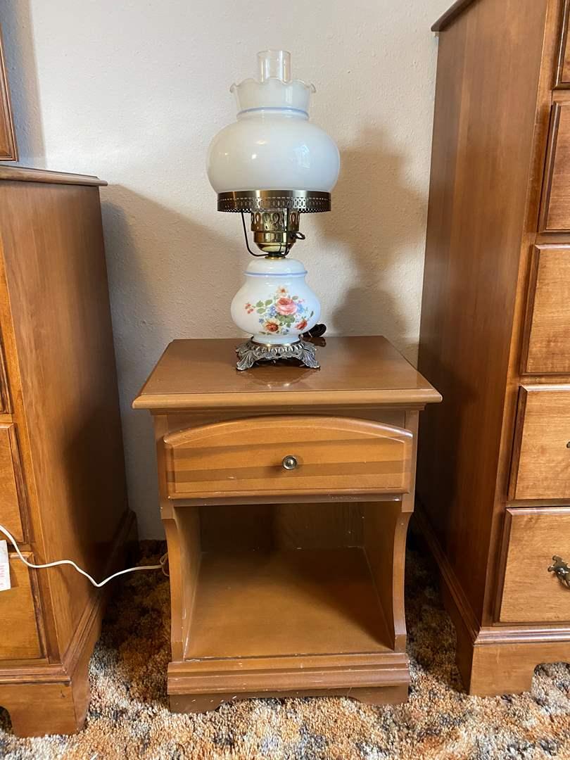 Lot # 191 - Vintage Side Table w/Hurricane Lamp (main image)
