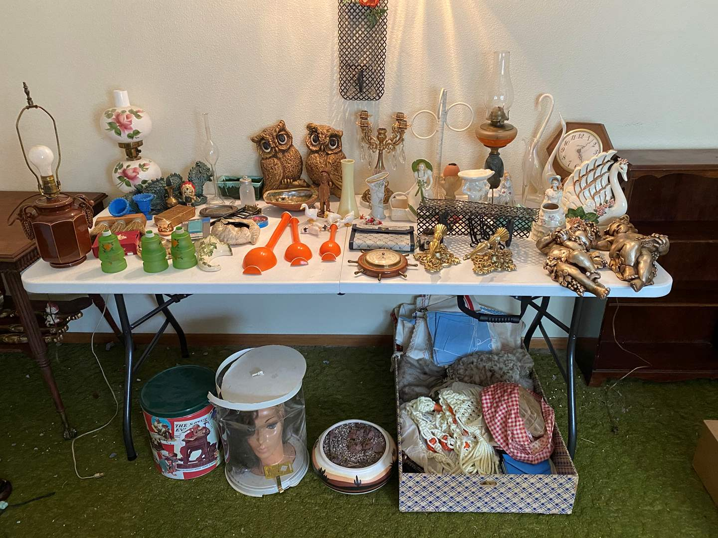 Lot # 247 - Vintage Items: Barometer, Oil Lamp, Book Ends, Candle Holders, Wall Art, Figurines & More.. (main image)