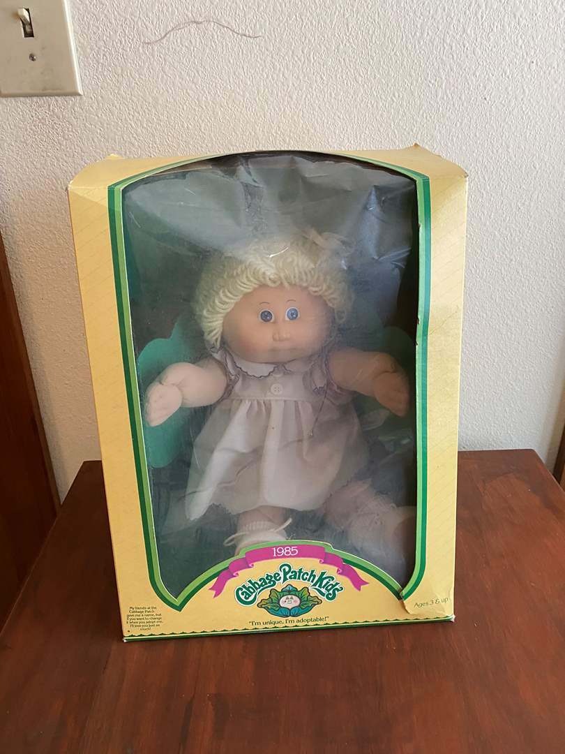 Lot # 249 - Vintage Cabbage Patch Doll (main image)