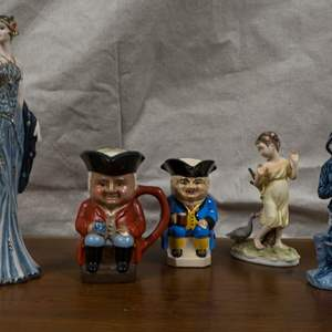 LOT 32: A Lot of Ceramic Figurines, Varying Styles