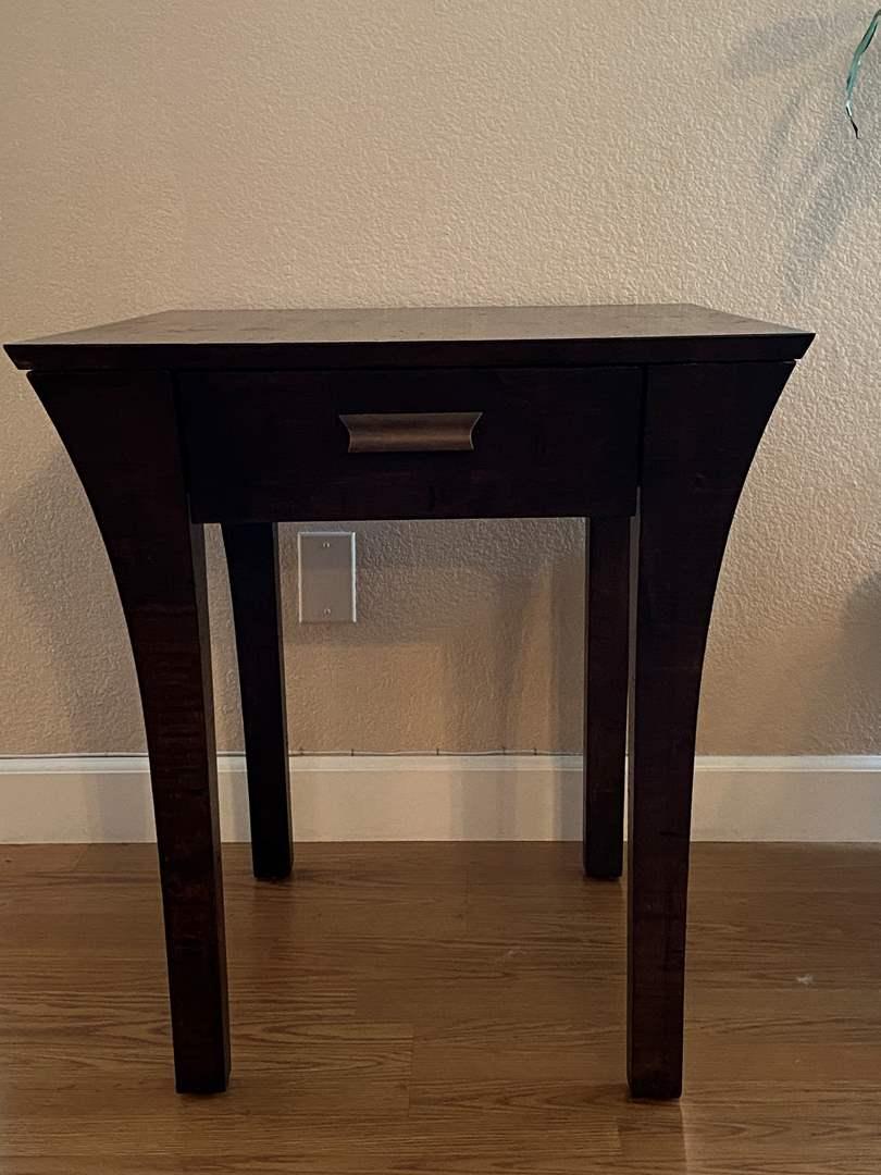 Lot # 207 Hammary Side Table (main image)