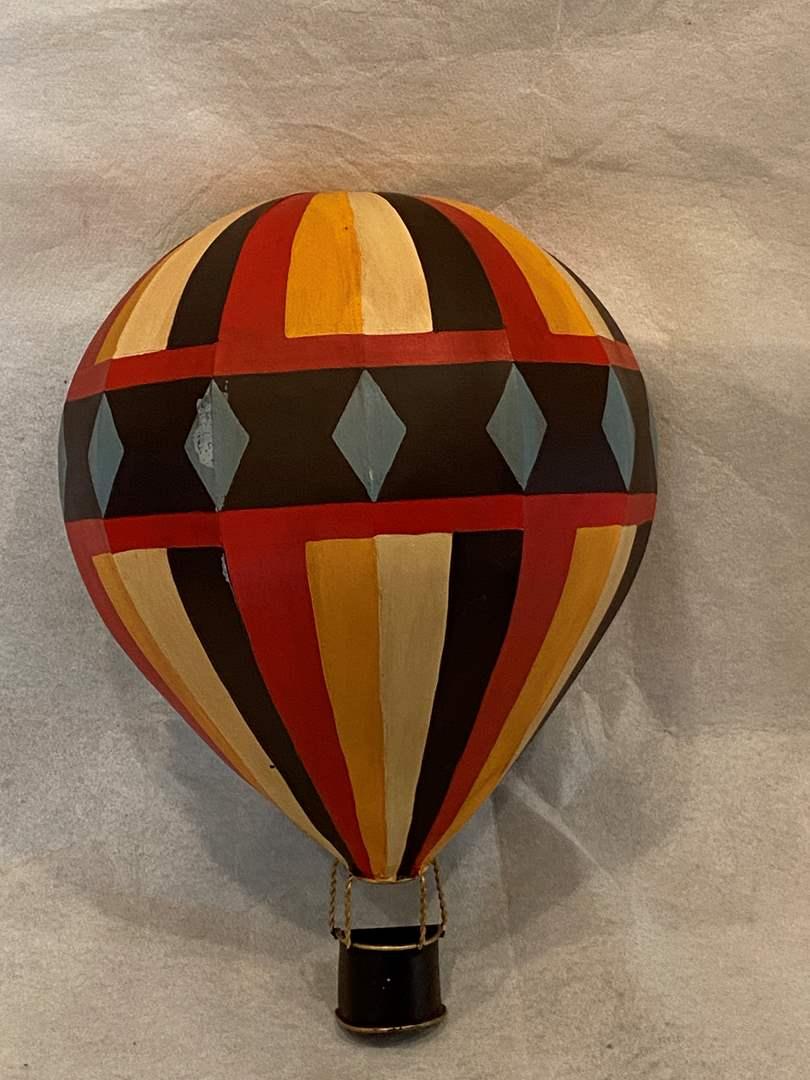 Lot # 6 Hot Air Balloon Metal Wall Decor (main image)