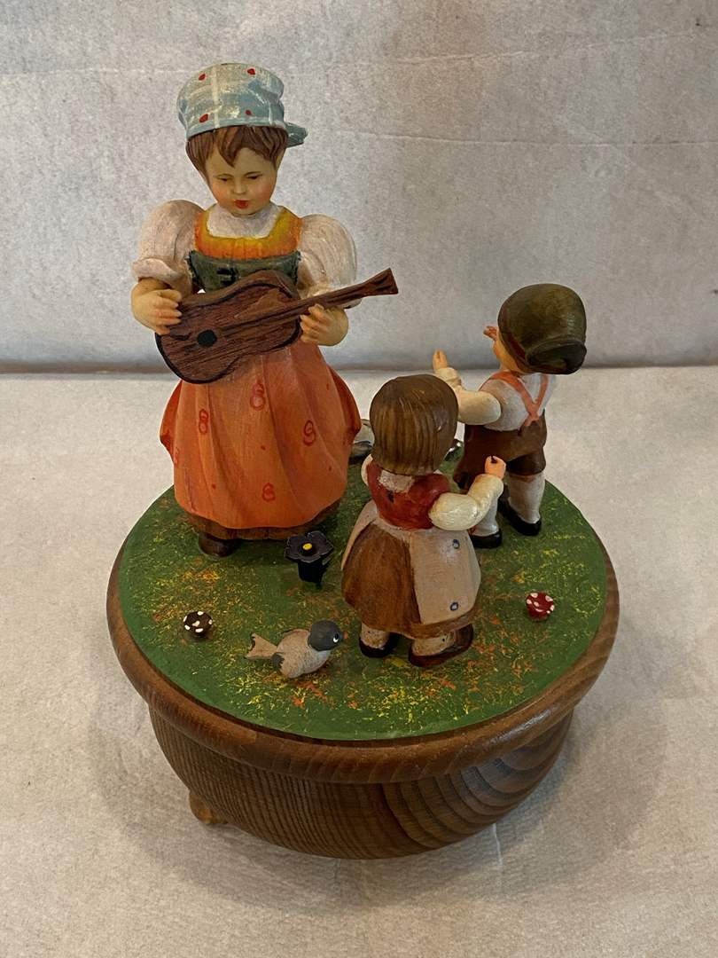 Lot # 71 Thorens Eldenweiss Music Box (main image)