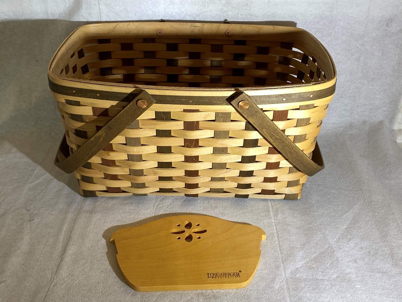 Lot # 106 Longaberger Basket and Cutting Board (main image)