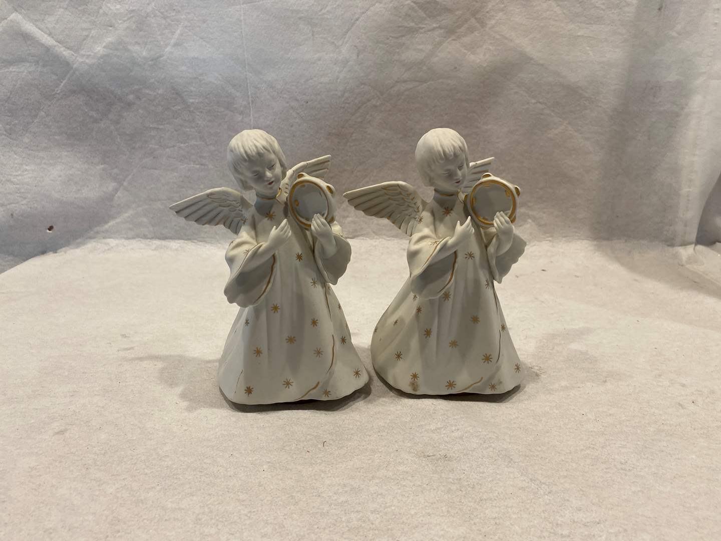 Lot # 67 Rotating Musical Angels (Could only get one to work) (main image)