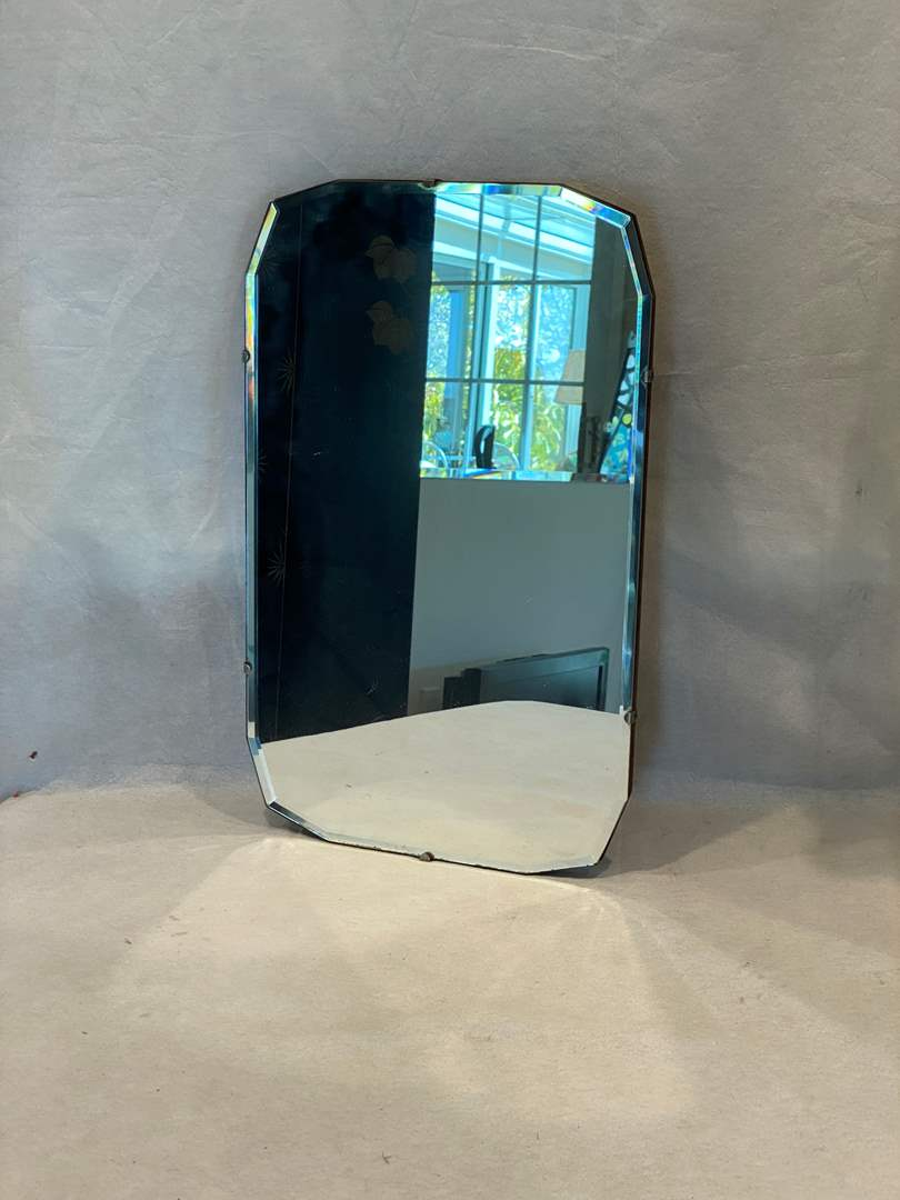 Lot # 86 Beveled Glass Mirror (main image)