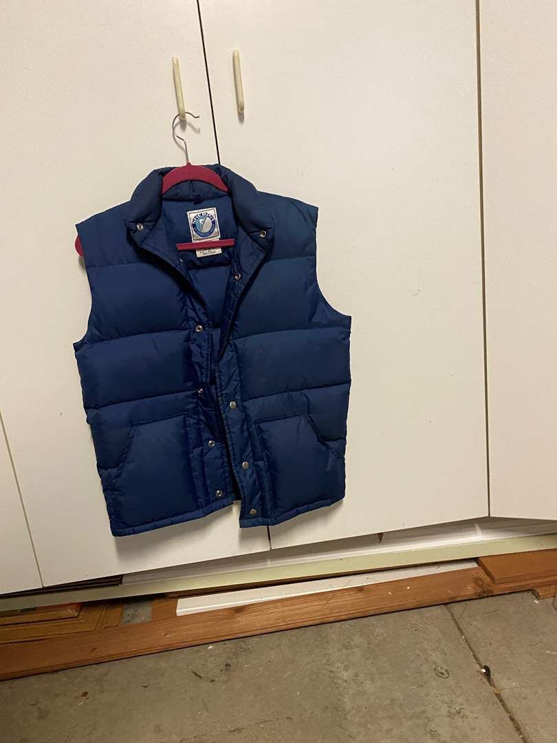 Lot # 194 Sherpa Vest (main image)