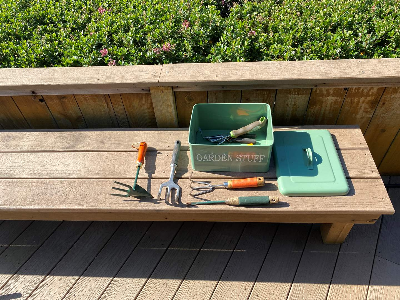 Lot # 329 Lot of Garden Tools (main image)