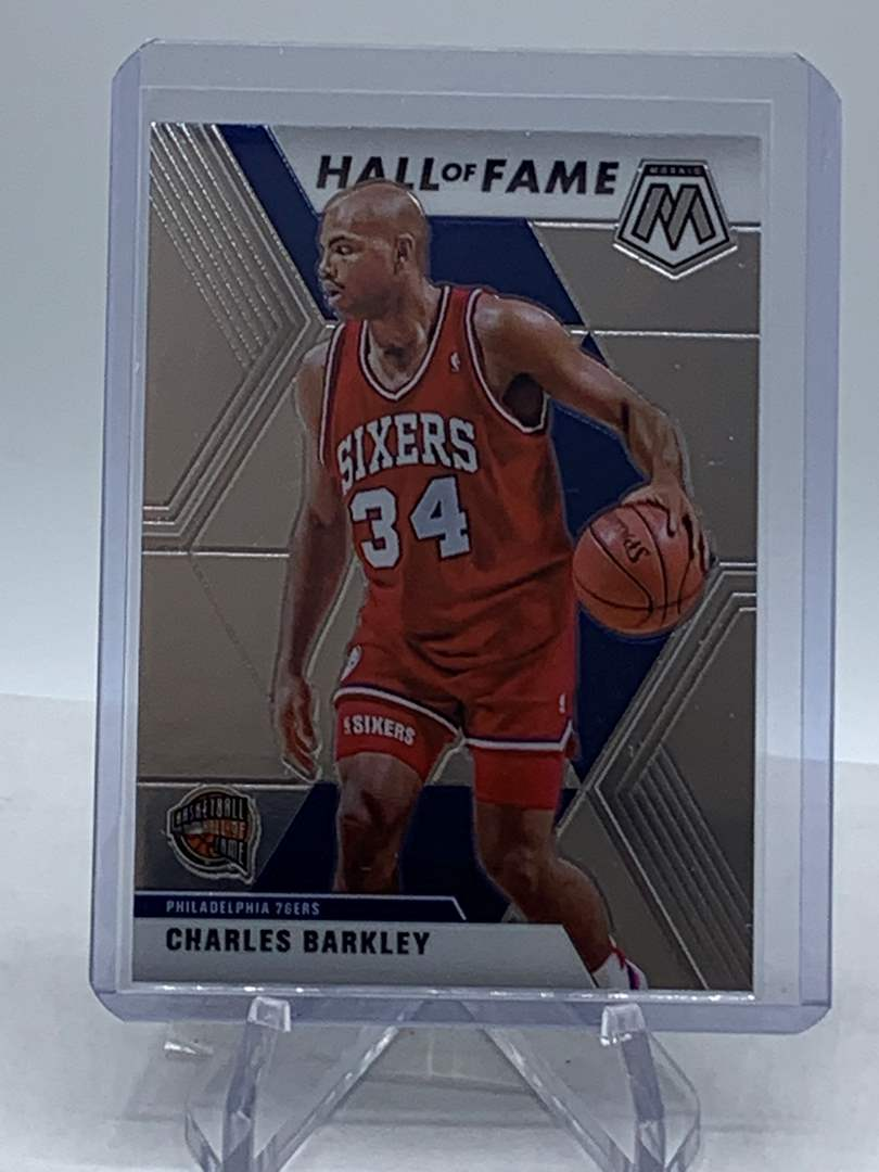 Lot # 253 2019-20 Panini Mosaic CHARLES BARKLEY Hall of Fame 76ers (main image)
