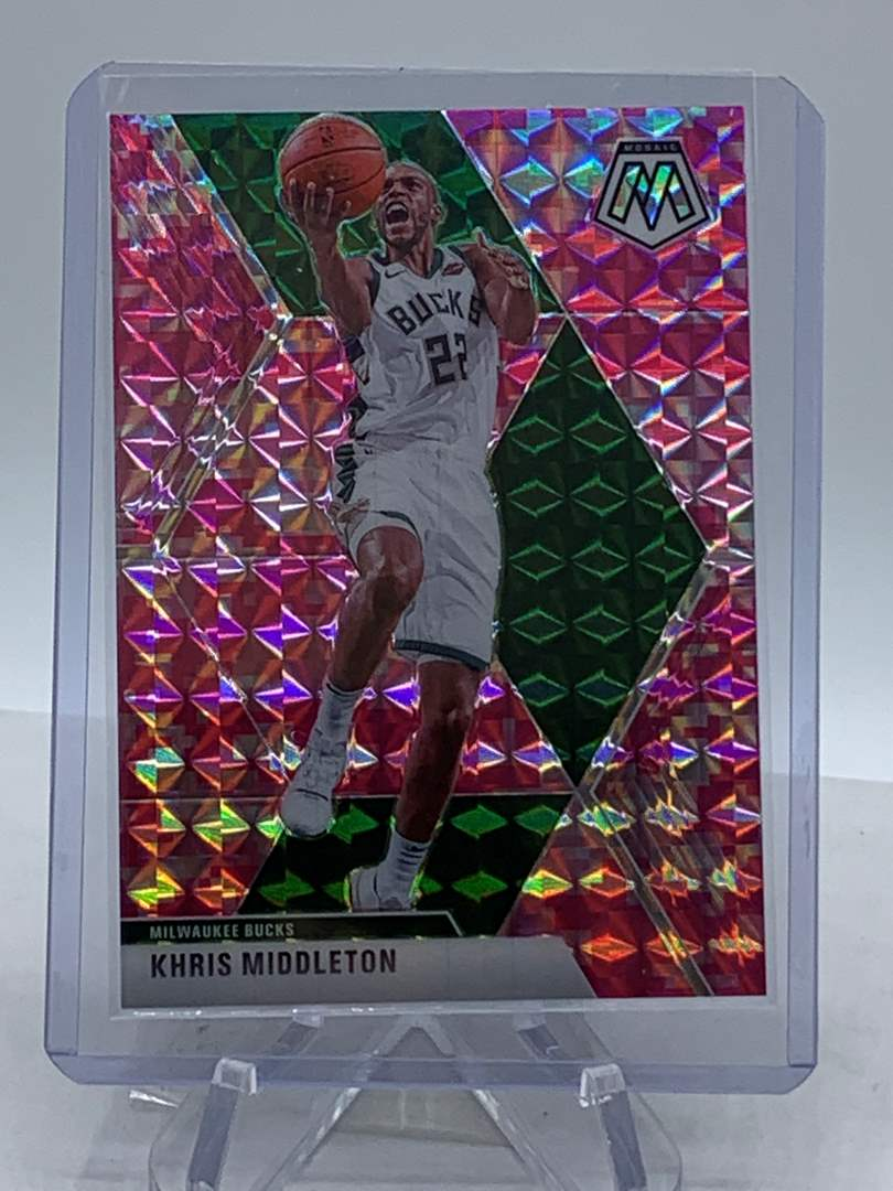 Lot # 255 2019-20 Panini Mosaic KHRIS MIDDLETON Bucks (main image)