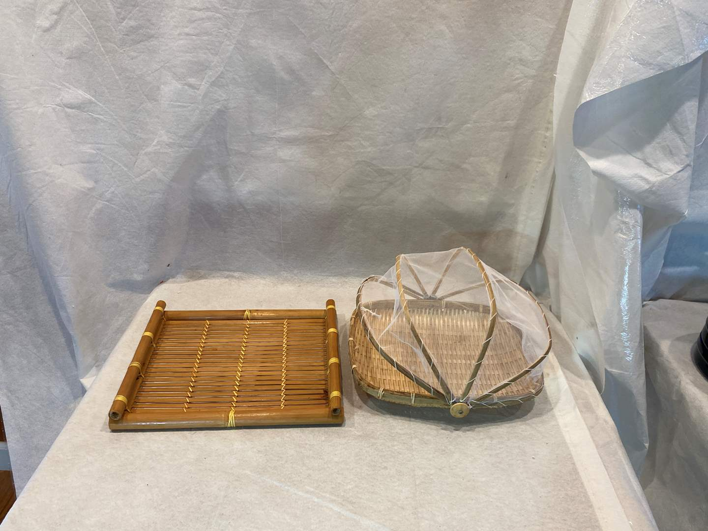 Lot # 94 Woven Serving Plates (main image)