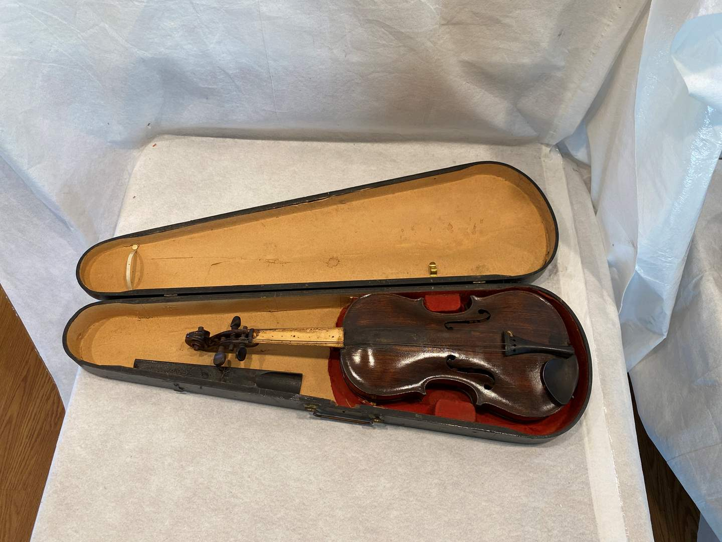 Lot # 64 Old Violin (main image)