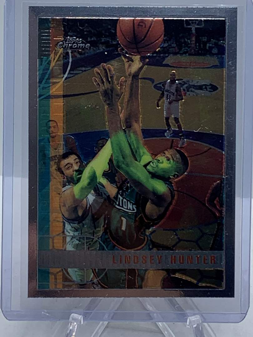 Lot # 78 1998 Topps Chrome NBA LINDSEY HUNTER (main image)