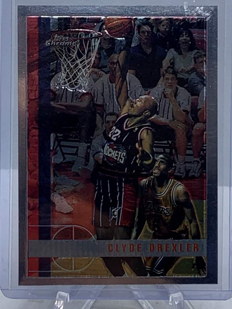Lot # 85 1998 Topps Chrome NBA CLYDE DREXLER (main image)