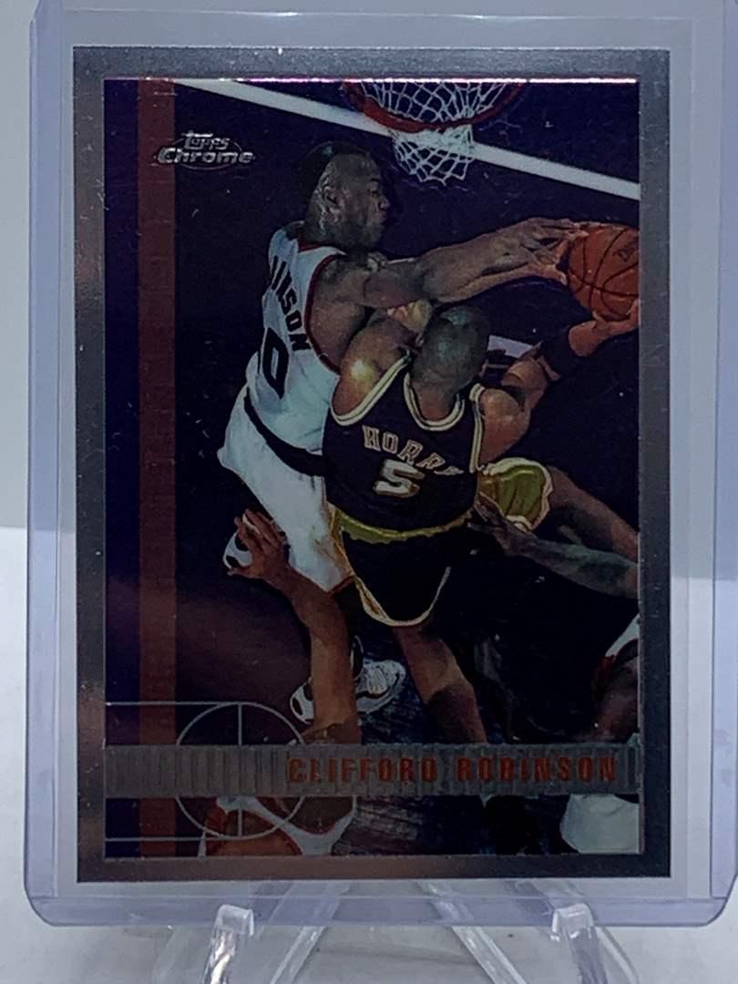 Lot # 88 1998 Topps Chrome NBA CLIFFORD ROBINSON (main image)
