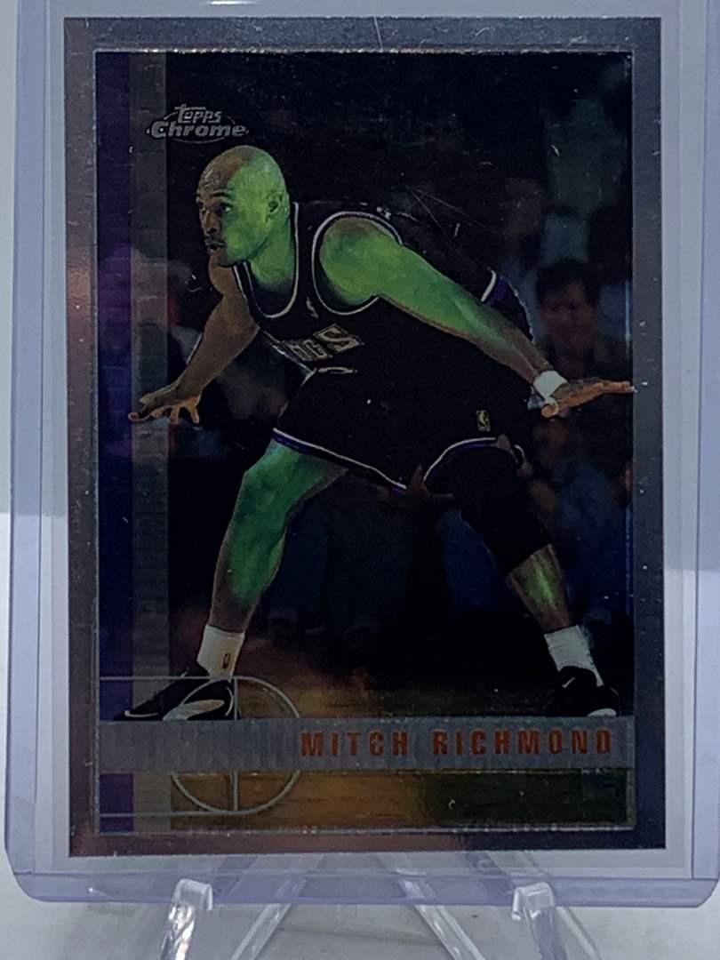 Lot # 92 1998 Topps Chrome NBA MITCH RICHMOND (main image)
