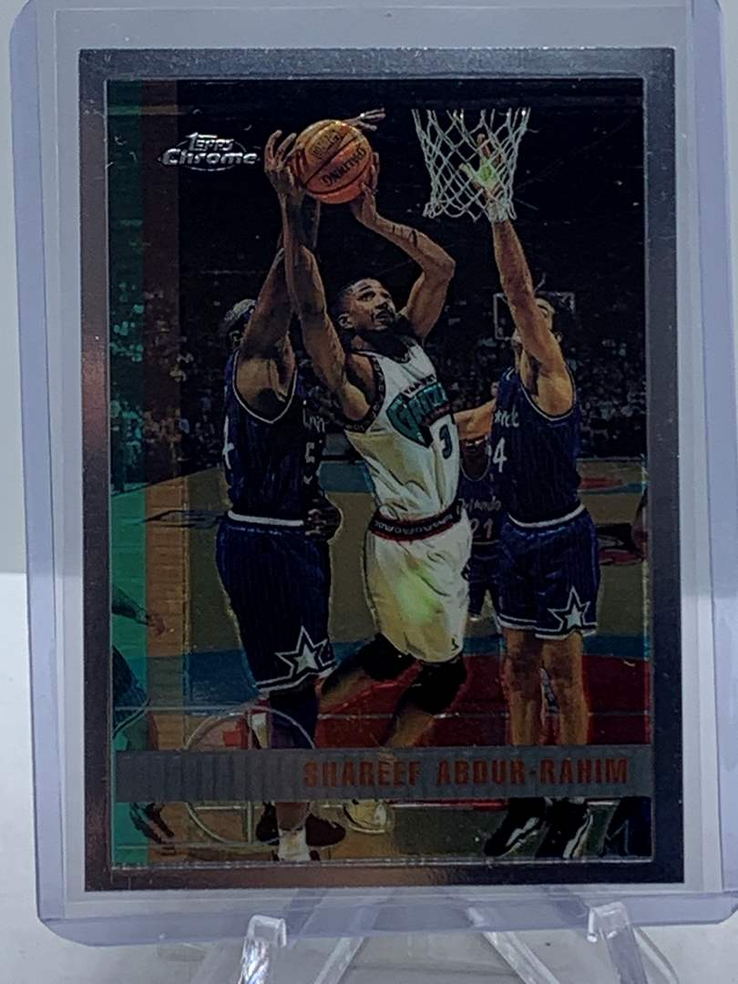 Lot # 94 1998 Topps Chrome NBA SHAREEF ABDUR-RAHIM (main image)