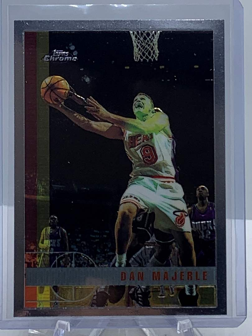 Lot # 98 1998 Topps Chrome NBA DAN MAJERLE (main image)