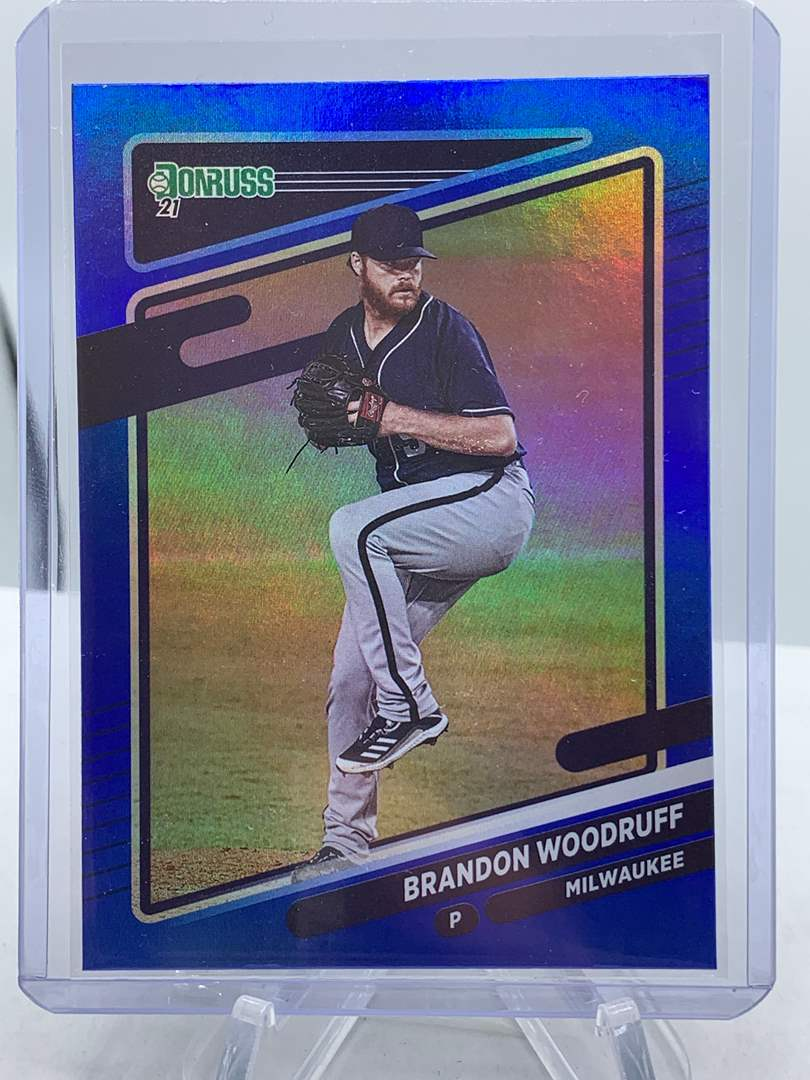 Lot # 197 2021 Panini Donruss Baseball BRANDON WOODRUFF (main image)
