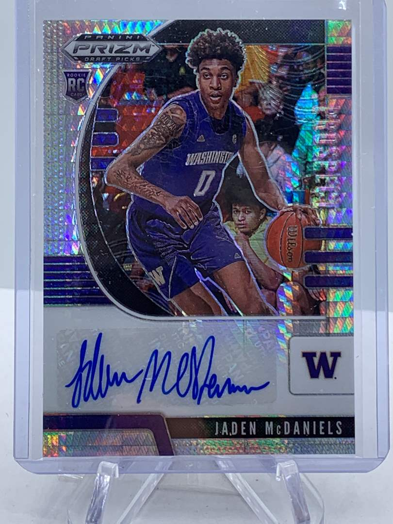 Lot # 230 Panini Prizm Draft Picks JADEN MCDANIELS Auto (main image)