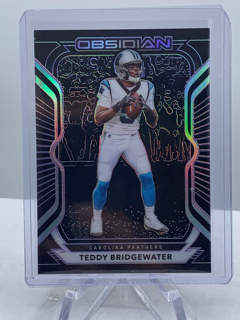 Lot # 289 2020 Panini Obsidian Football TEDDY BRIDGEWATER #16/100 (main image)