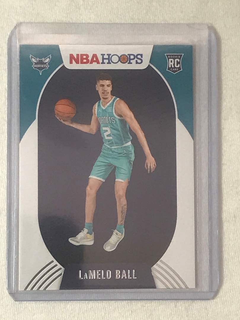 Lot # 2 2020-2021 Panini Hoops RC LAMELO BALL (main image)