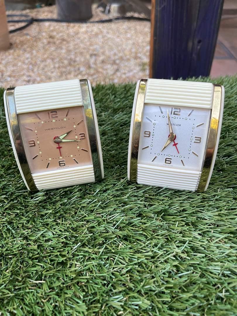 Lot # 60 Vintage Travel Clocks (main image)