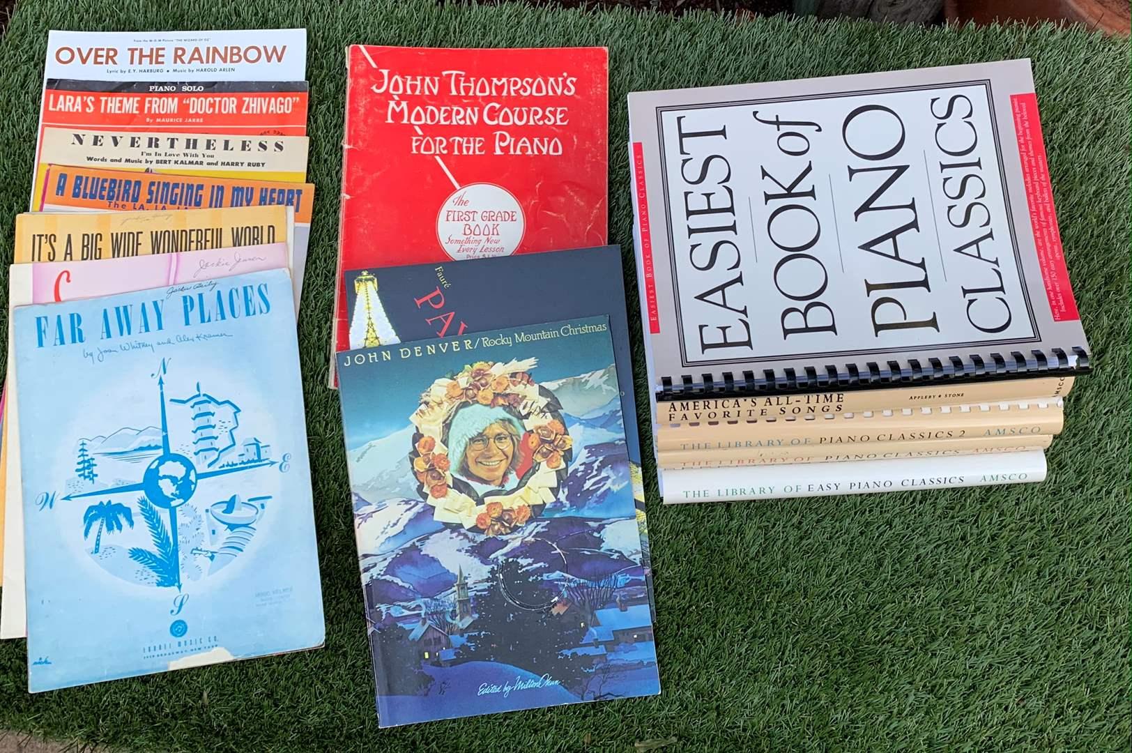 Lot # 28 Piano Books & Sheet Music Lot (main image)