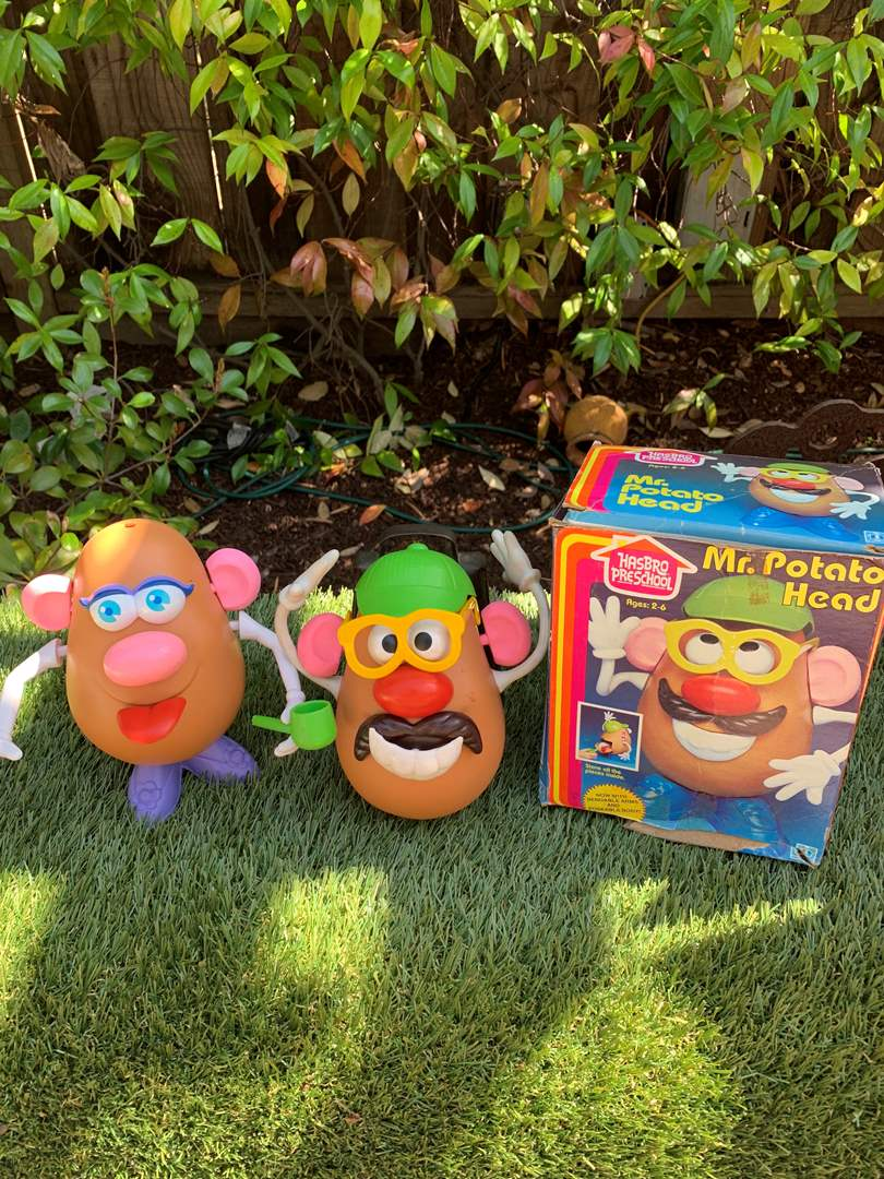Lot # 71 Vintage Mr. & Mrs. Potato Head (Hasbro) (main image)