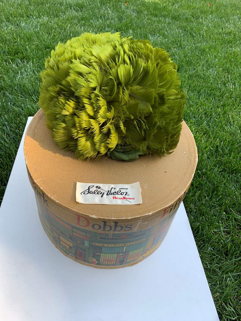 """Lot # 182 Women's Vintage """"Sally Victor"""" Green Feather Hat Headlines c1960 (main image)"""