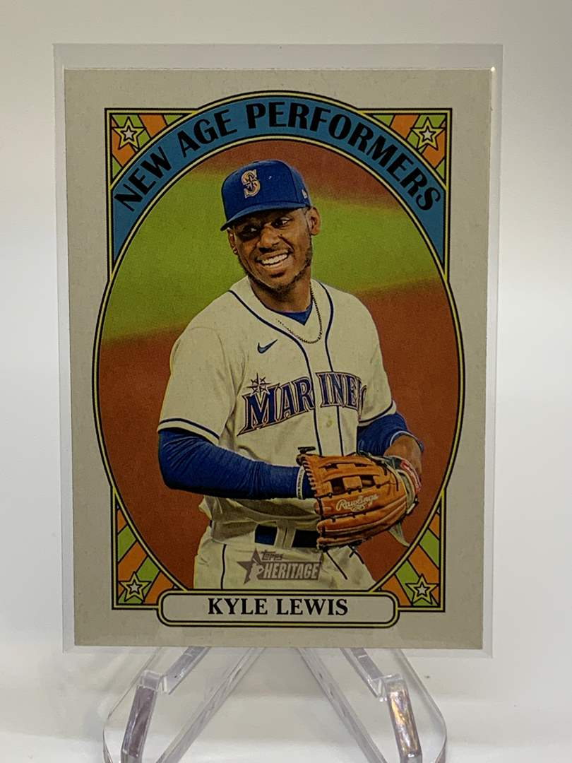 Lot # 49 2021 Topps Heritage KYLE LEWIS New Age Performers (main image)