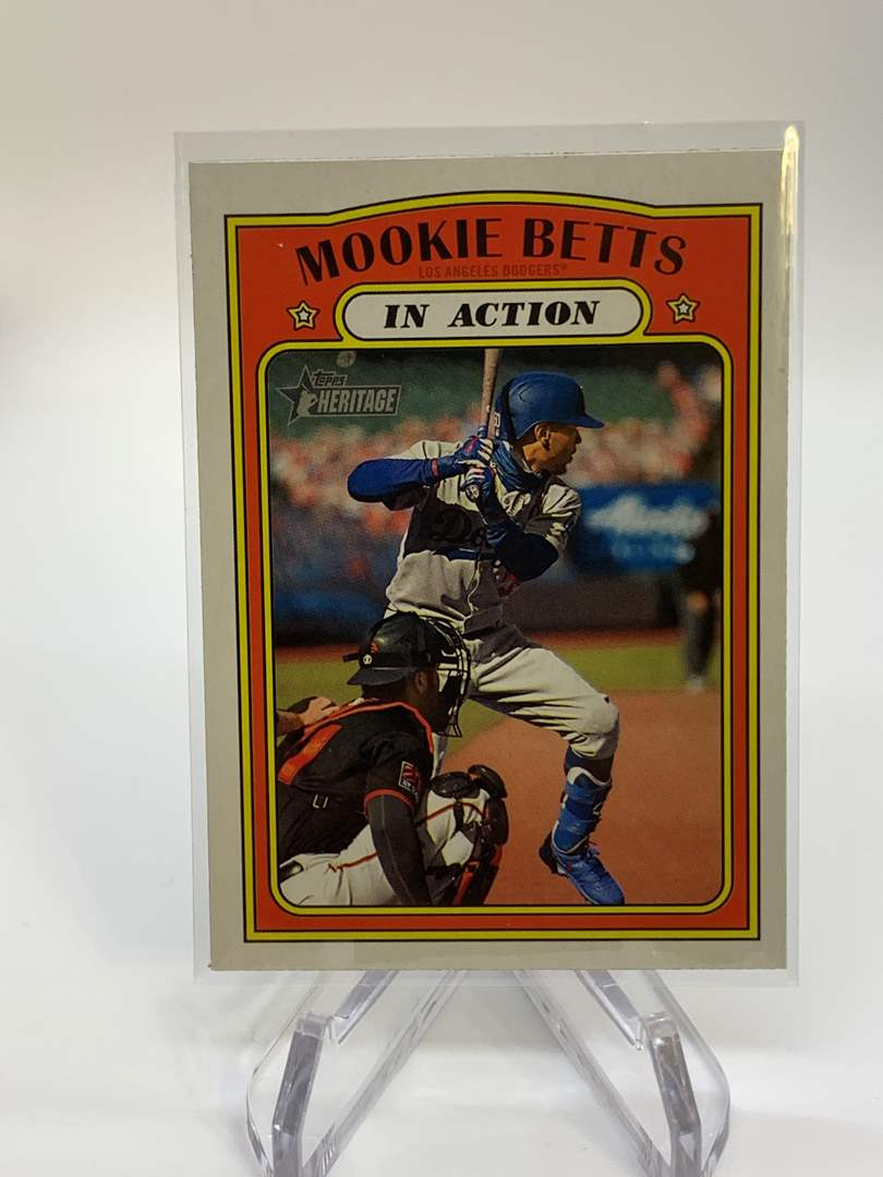 Lot # 71 2021 Topps Heritage MOOKIE BETTS In Action (main image)