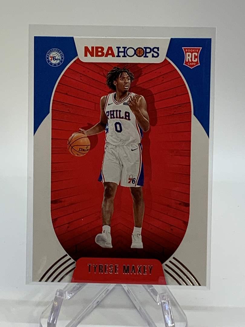 Lot # 132 2020-21 Panini NBA Hoops TYRESE MAXEY (main image)