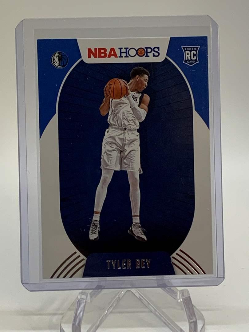 Lot # 137 2020-21 Panini NBA Hoops TYLER BEY (main image)