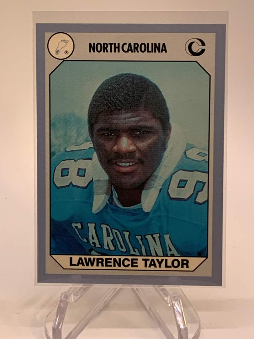Lot # 146 1990 Collegiate Collections LAWRENCE TAYLOR (main image)