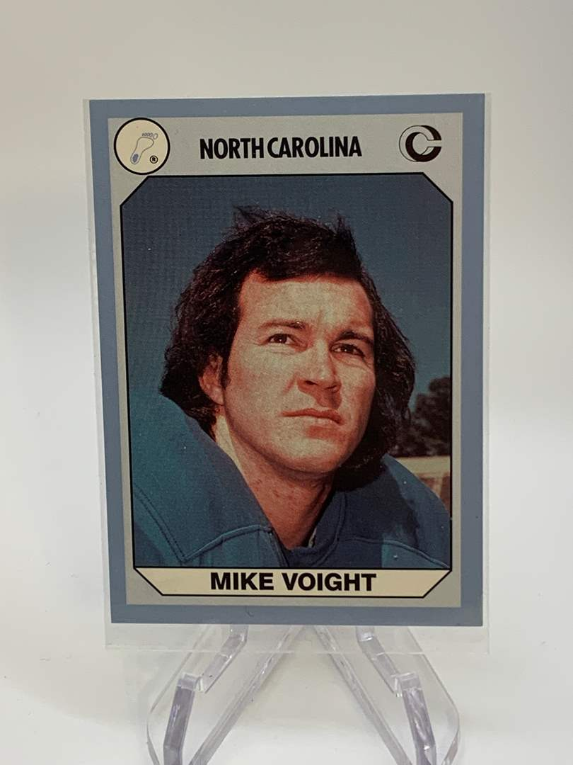 Lot # 151 1990 Collegiate Collections MIKE VOIGHT (main image)