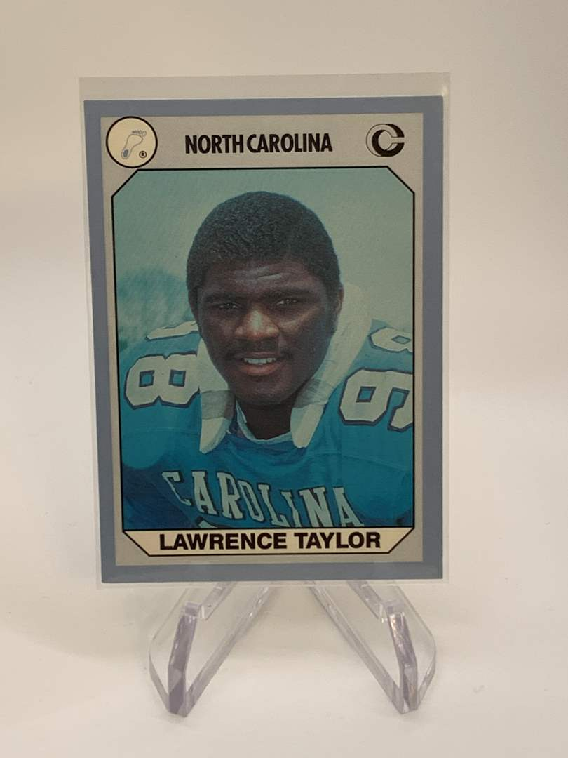 Lot # 153 1990 Collegiate Collections LAWRENCE TAYLOR (main image)