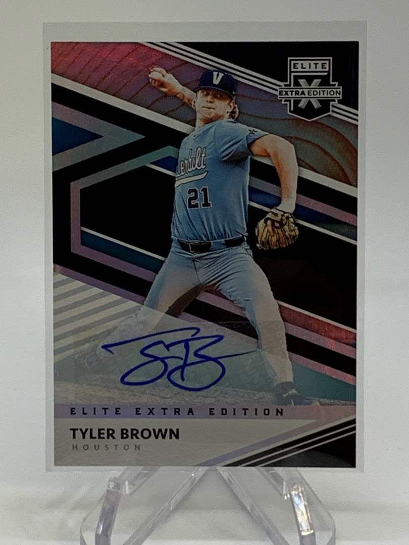 Lot # 262 2020 Panini Elite Extra Edition TYLER BROWN Auto  (main image)