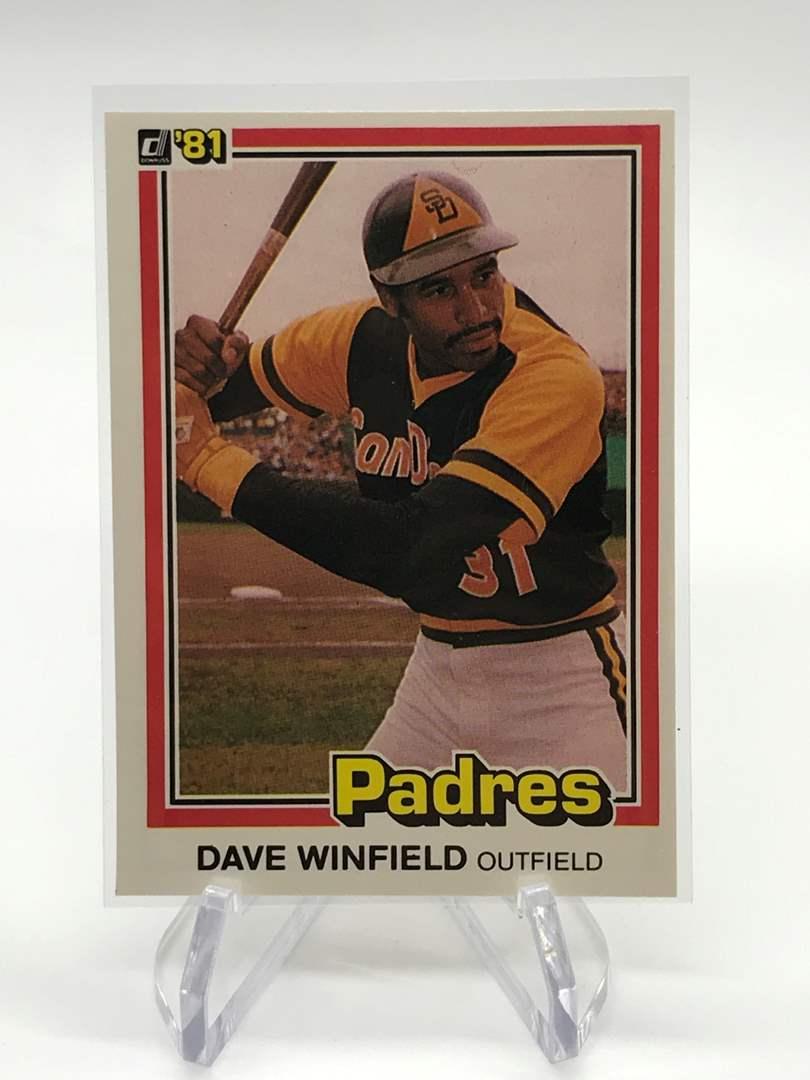 Lot # 83 1981 Donruss DAVE WINFIELD (main image)