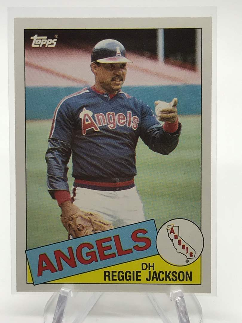 Lot # 86 1985 Topps REGGIE JACKSON (main image)