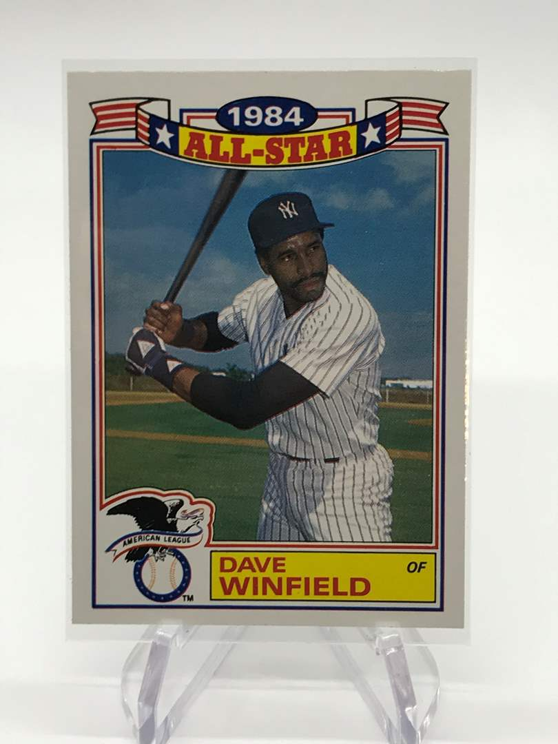 Lot # 93 1985 Topps All Star DAVE WINFIELD (main image)