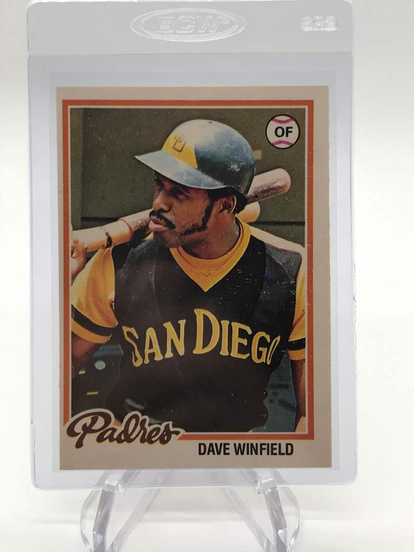 Lot # 97 1978 O-Pee-Chee DAVE WINDFIELD (main image)