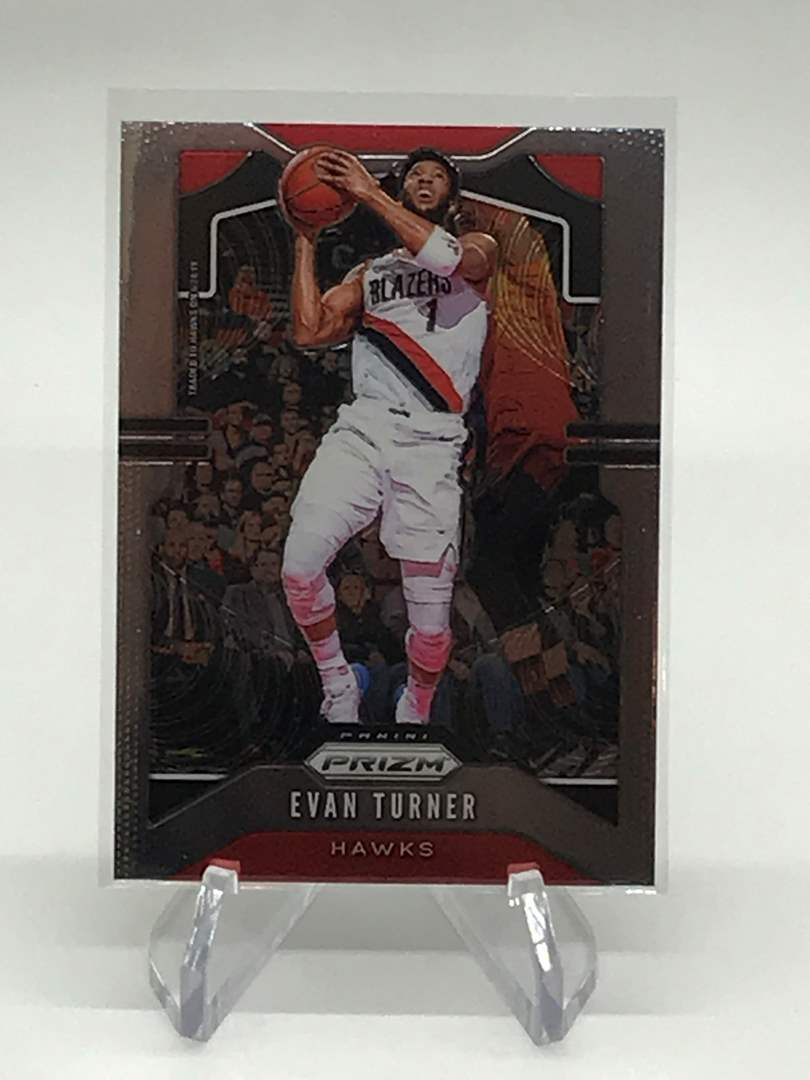 Lot # 140 2019-20 Panini Prizm EVAN TURNER (main image)