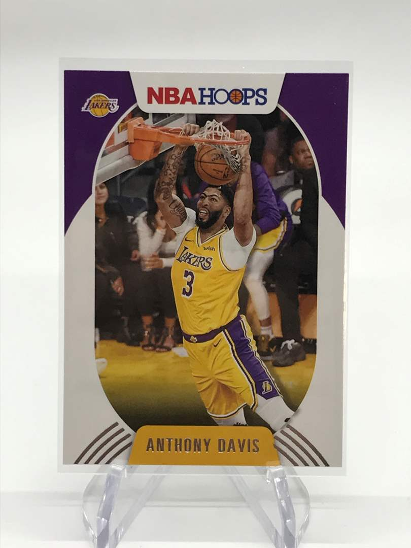 Lot # 167 2020-21 PANINI NBA HOOPS ANTHONY DAVIS (main image)