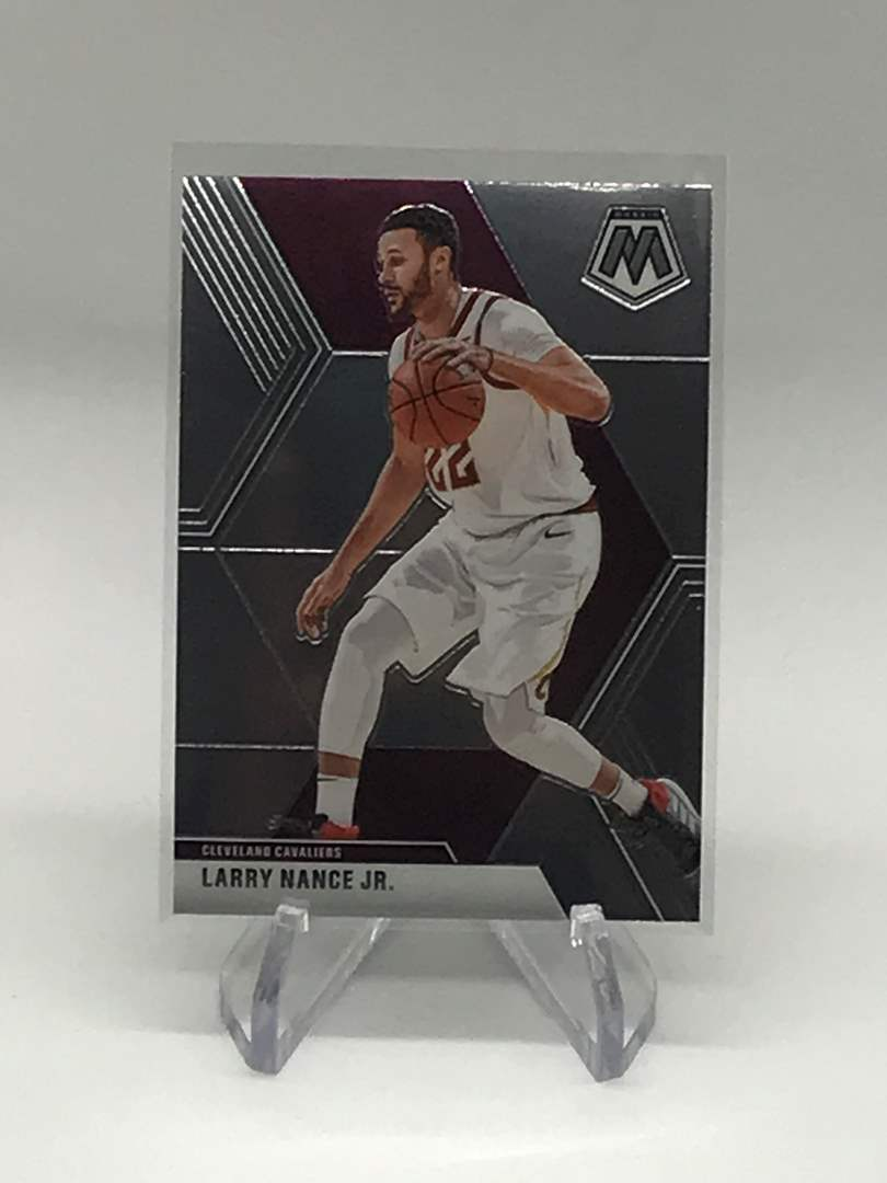Lot # 203 2019-20 Mosaic LARRY NANCE JR. (main image)
