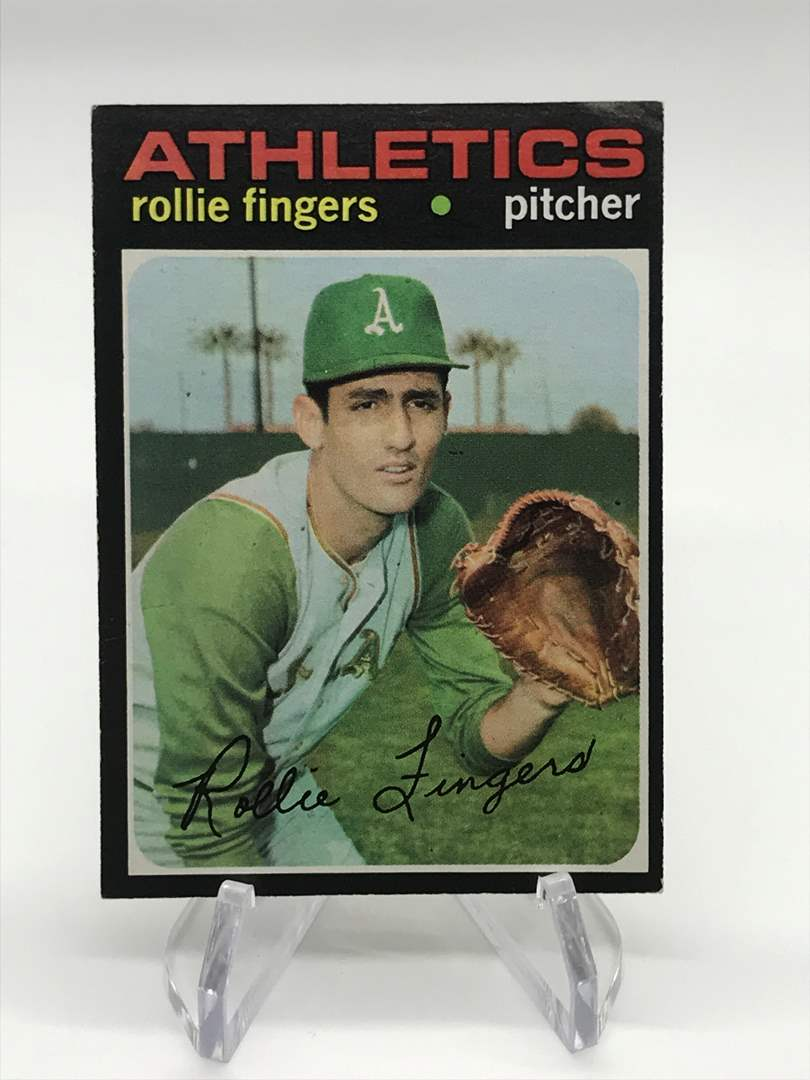 Lot # 303 1971 Topps ROLLIE FINGERS (main image)