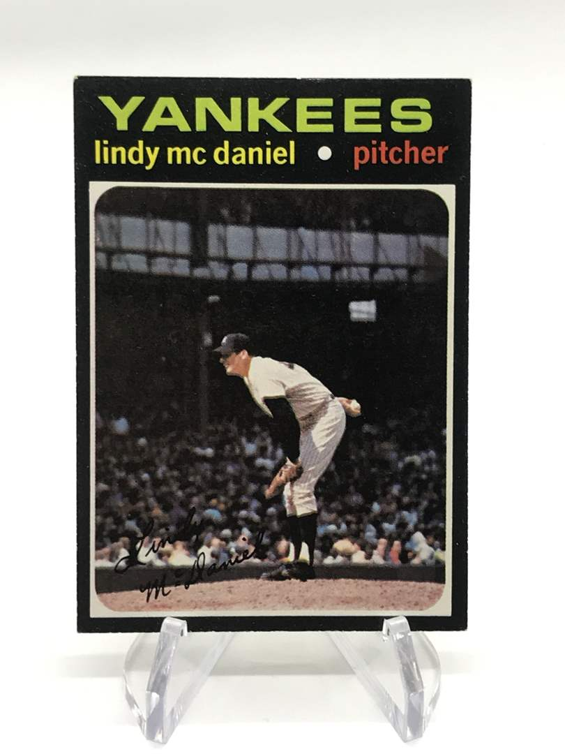 Lot # 309 1971 Topps LINDY MCDANIEL (main image)