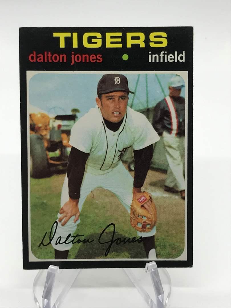 Lot # 318 1971 Topps DALTON JONES (main image)